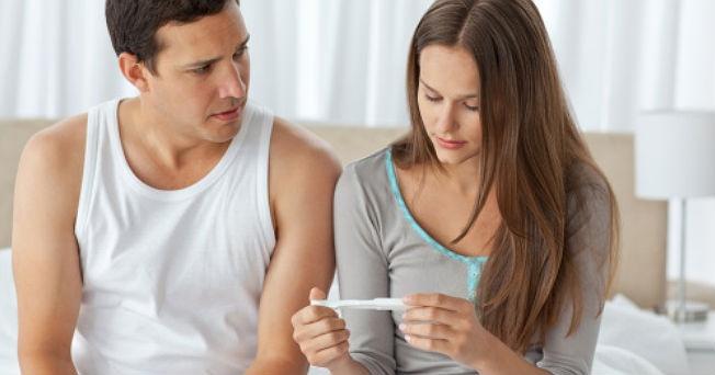 Usar protector solar podría reducir fertilidad