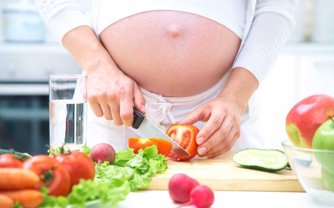 Tres reglas para llevar una dieta saludable durante el embarazo