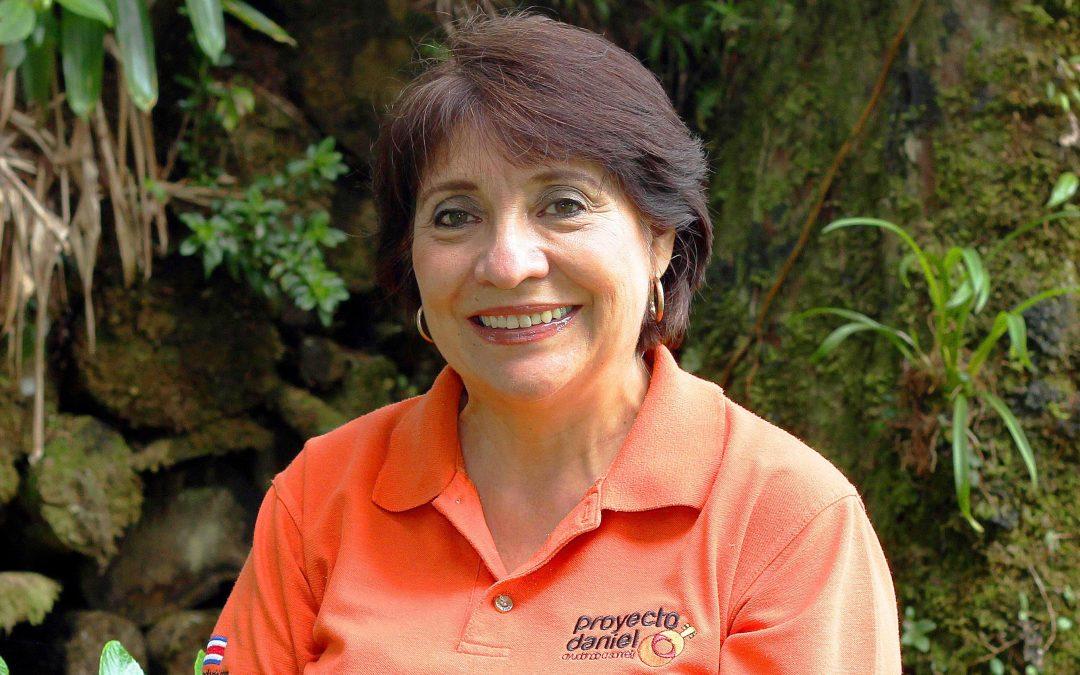 Ligia Bobadilla: Una mamá satisfecha de ver a sus hijos profesionales