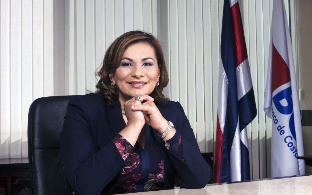 Paola Mora Tumminelli: Mujer de liderazgo y profesionalismo