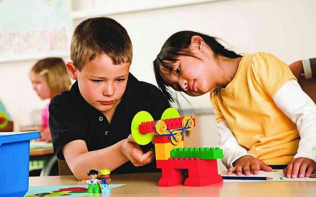 Diciembre será el mes que sus hijos aprendan de robótica