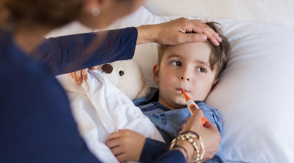 ¿Qué hace que mis hijos padezcan de enfermedades respiratorias durante todo el año?