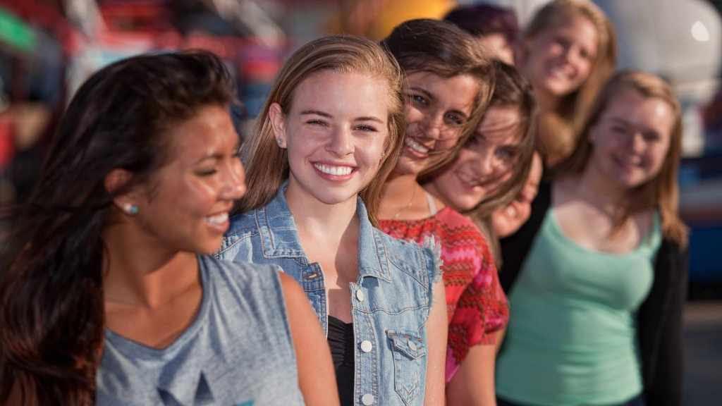 ¿A qué edad se le debe hacer a una adolescente el primer análisis de Papanicolaou?