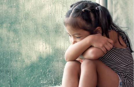 Cómo evitar la depresión en los niños y adolescentes