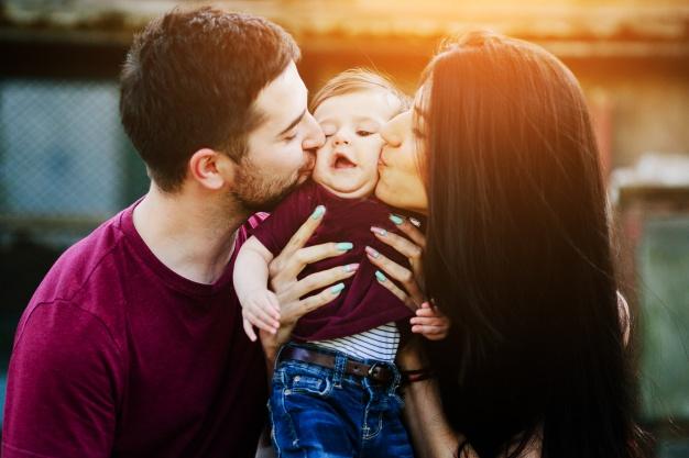 ¡Cuidado con los besos a bebés!