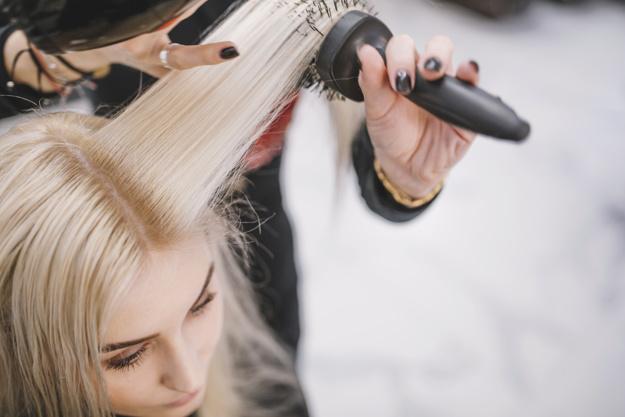 Los cuidados del cabello que debemos tener en cuenta en verano