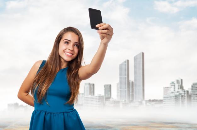 ¿Qué tanto influyen las redes sociales en las decisiones de los adolescentes?