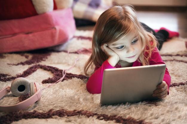Paniamor insta a costarricenses a cambiar búsquedas en Internet relacionadas con menores de edad
