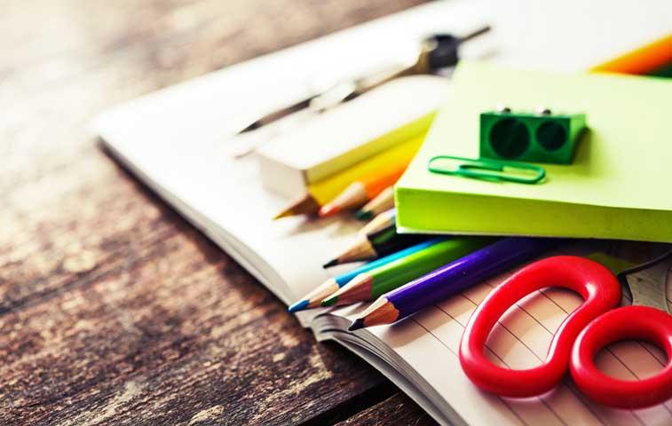 Salario Escolar: Priorizar la compra de útiles y ahorrar
