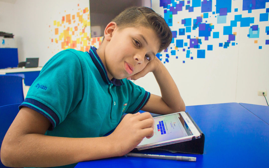 ONG TeenSmart Internacional ofrece a jóvenes apoyo emocional virtual gratuito