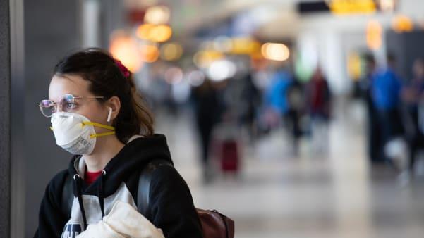 Mascarillas en aviones: futuras medidas de algunas aerolíneas