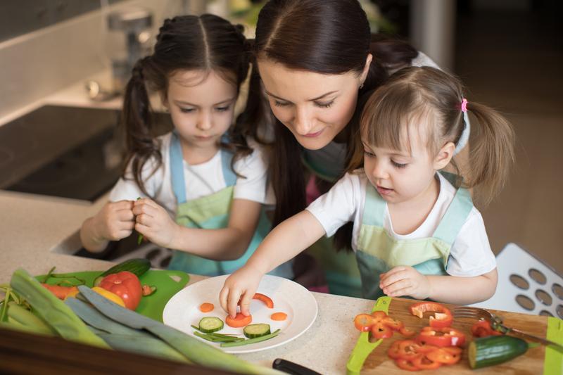 ¿Cómo cuidar el crecimiento de los niños en casa durante el periodo vacacional?