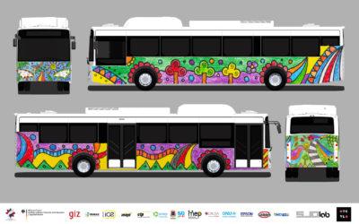 Buses eléctricos públicos viajarán con diseño de niño cartaginés