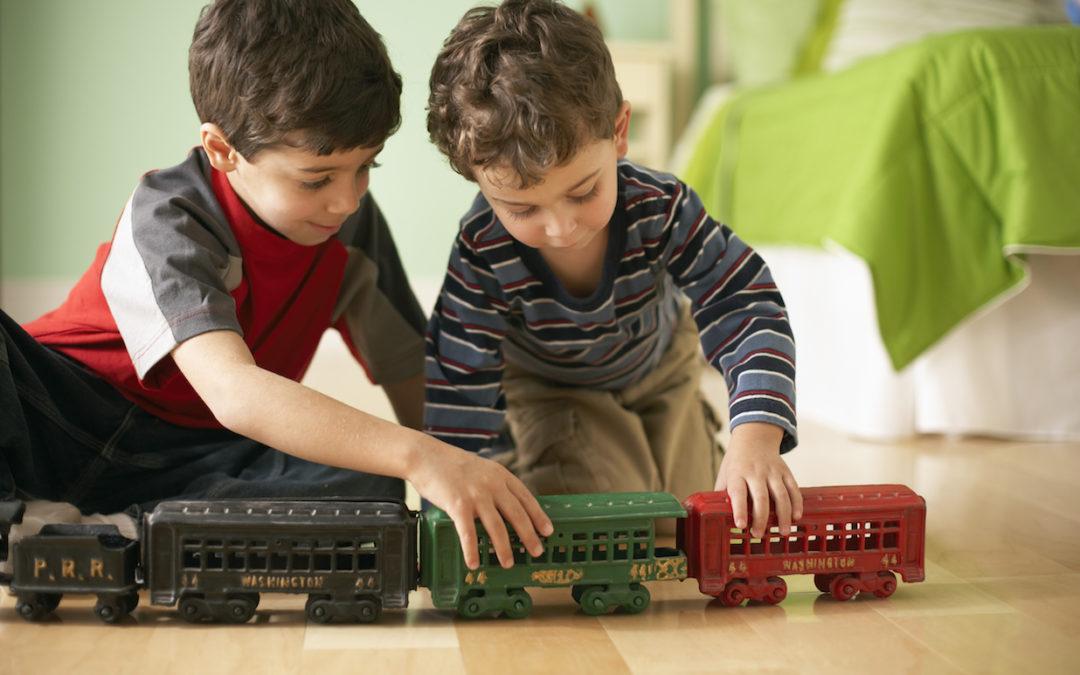 ¿Tu hijo no quiere compartir sus juguetes? Con 5 sencillos tips puedes enseñarlo