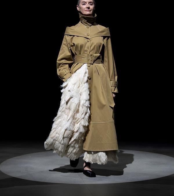 Diseño historicista pone el broche final a la Semana de la Moda de Londres