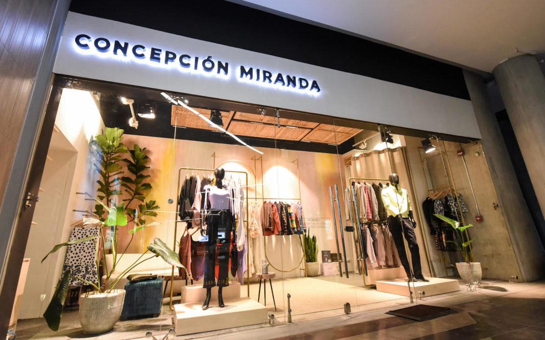 Diseñadores costarricenses abren tienda de ropa en Avenida Escazú
