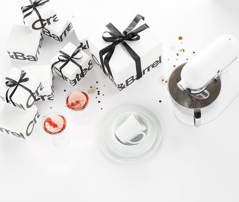 Razones para crear un registro de regalos de boda y los artículos infaltables