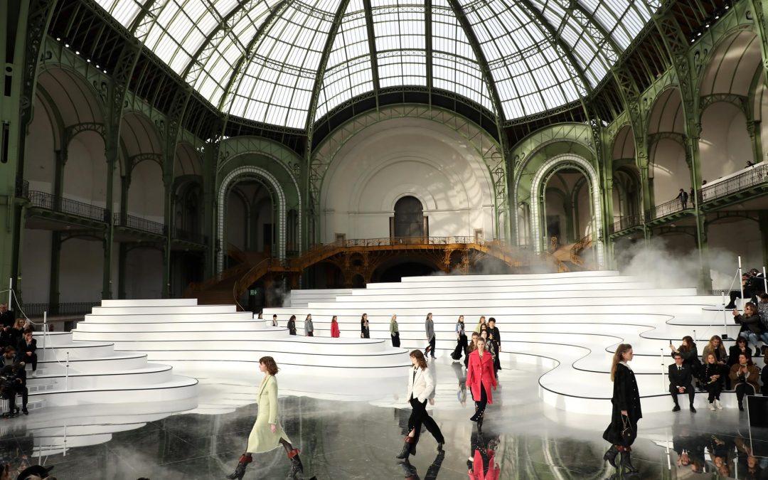 París se alista para celebrar desfiles de moda presenciales en julio