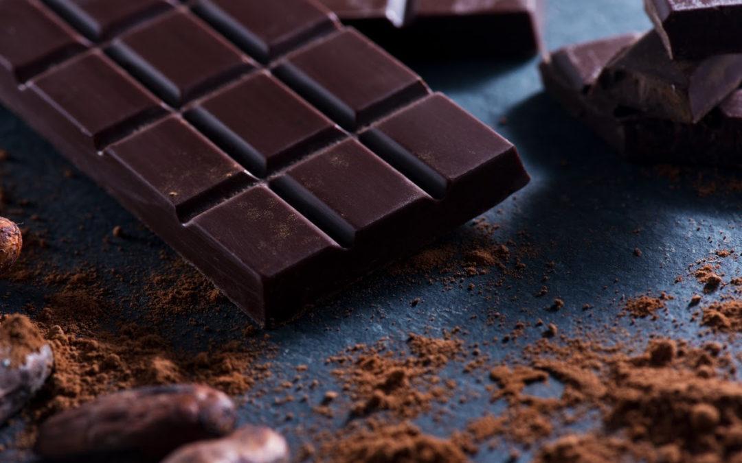 ¿Cuáles son los beneficios del chocolate oscuro para la salud?