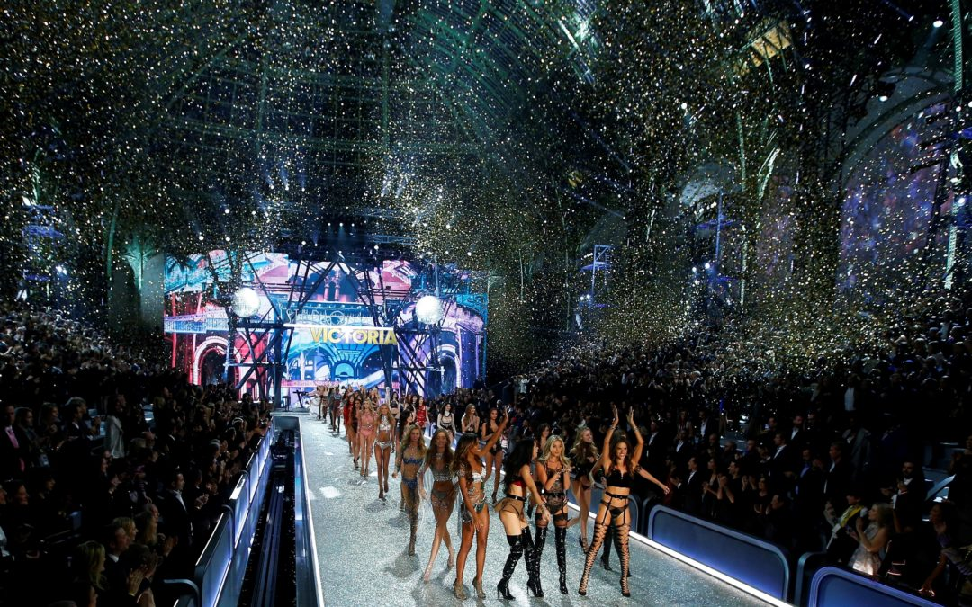 Victoria's Secret volverá a celebrar sus famosos desfiles de lencería