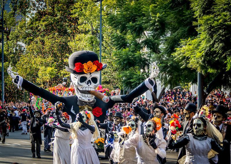 Día de Muertos y los mejores destinos de leyenda